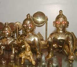 Five Ashtadatu Idols Stolen